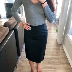 H&M black pencil skirt with mini slit in back